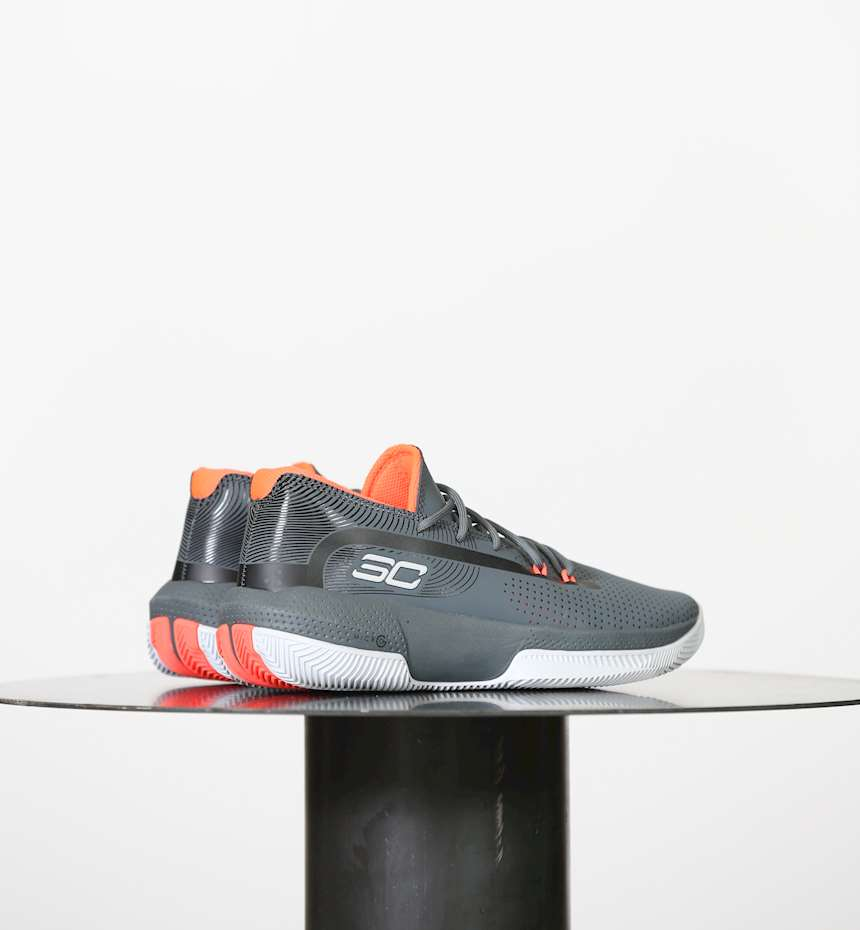 SCARPE  DA BASKET UNDER ARMOUR UA SC 3ZER0 III