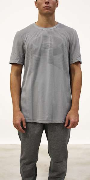 T-SHIRT UNDER ARMOUR SEAMLESS LOGO SS