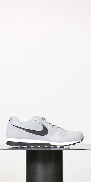 SNEAKERS NIKE MD RUNNER 2