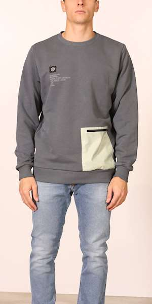 FELPA DOLLY NOIRE MINT POCKET STORM CREWNECK
